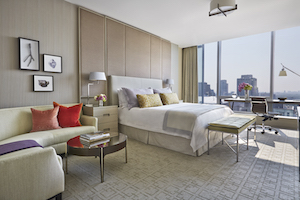 Enjoy captivating views and credits at Four Seasons Hotel Toronto